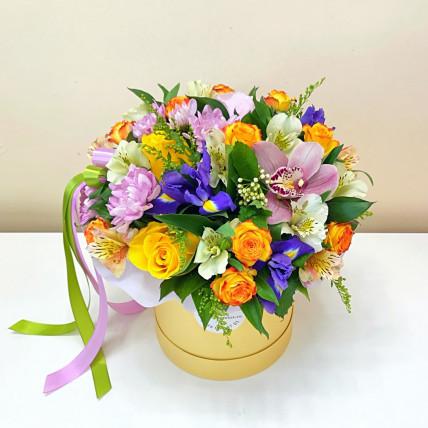 Коробка цветов << Самой яркой>>