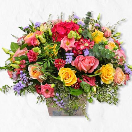 """Композиция цветов в коробке""""Рассвет"""""""