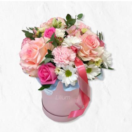 """Цветы в коробке """" Нежное прикосновение """""""