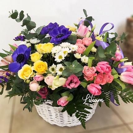 """Корзина цветов """" Я тебя обожаю """""""