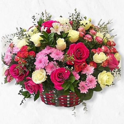 """Корзина цветов """"Бесконечный восторг"""""""