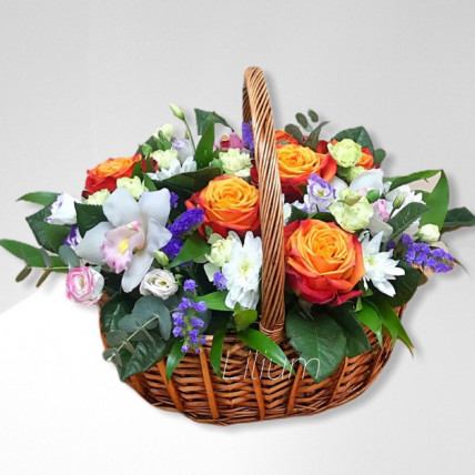 """Корзина цветов """" Весёлый праздник """""""