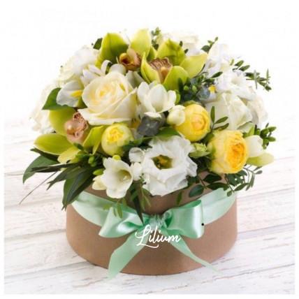 """Цветы в коробке  """" Яблочный нектар"""""""