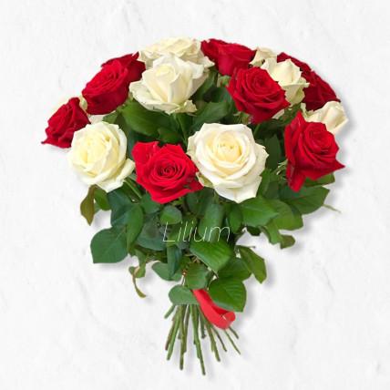 """Букет из 19 роз """" Мы вместе """""""