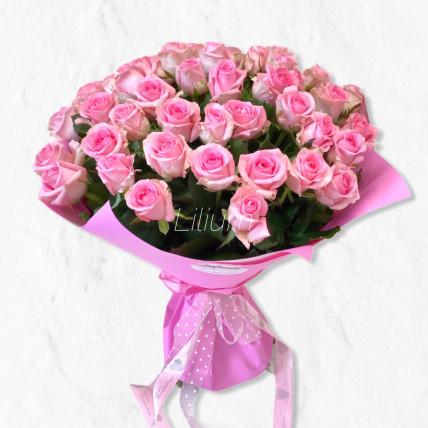 Букет из 45 розовых роз