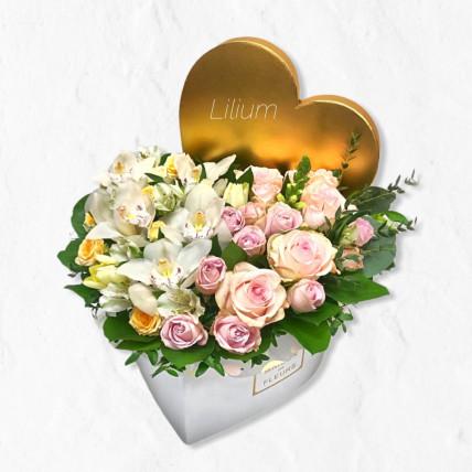 Нежное сердце с орхидеей